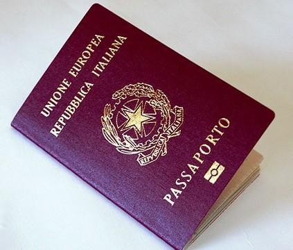 Passaporto-italiano